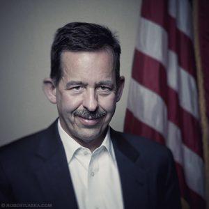 Stephen D. Mull ambasador USA