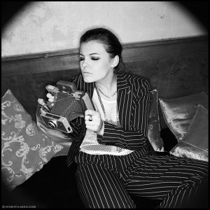 Ania Dąbrowska / Le Madame, Warszawa 2004