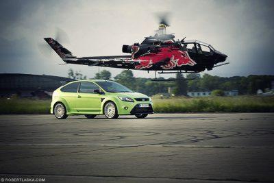 Bell Cobra TAH-1F vs Ford Focus WRC @ Modlin / TopGear