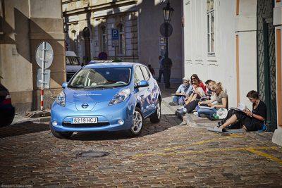 Nissan Leaf Zero / Praga, TopGear